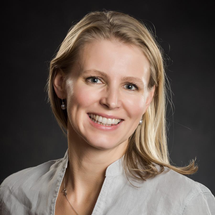 Ästhetische Ärztin Dr. Frühwirth bei Sonja T.M. am 30.3.2019